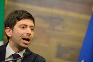 Pd esplode: Speranza lascia, Emiliano resta e si candida. Minoranza verso nuovo partito
