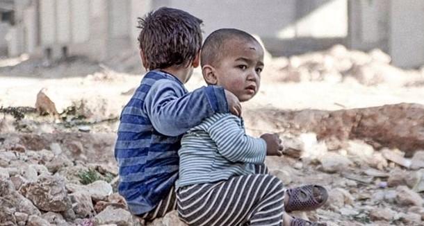 """I ribelli si ritirano da Aleppo. Unicef: """"Oltre 100mila bambini traumatizzati. Mai visto una situazione così drammatica"""""""