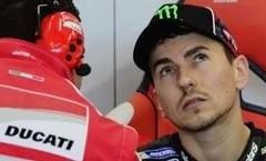 Doppietta Ducati, Lorenzo in pole poi Dovizioso