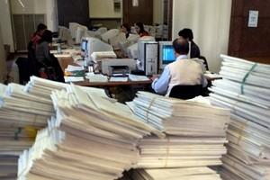 Chiacchiere e riforme, la burocrazia continua a soffocare le imprese. Nuovi adempimenti