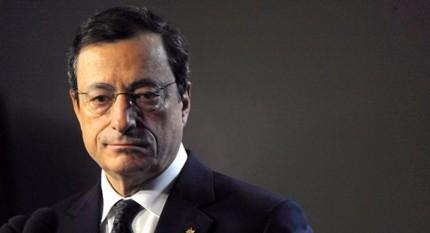 """Gli Usa attaccano l'Euro: marco mascherato. E la Germania scarica sulla Bce. Draghi: """"Preoccupa annunci di protezionismo"""""""