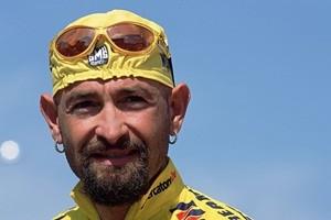 Marco Pantani, oggi avrebbe 47 anni. Ciclista festeggiato a Cesenatico