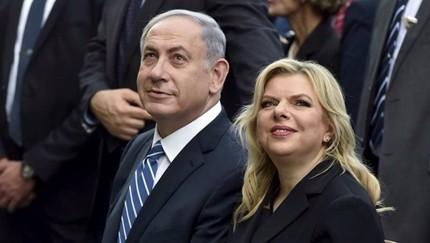 Netanyahu indagato, un test per la sua presa sul potere. Ma gli israeliani lo vogliono