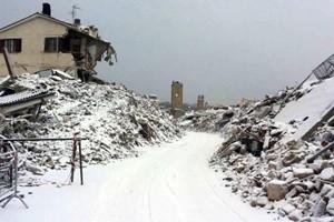 Maltempo al Centro Sud, gelo e neve sulle zone terremotate