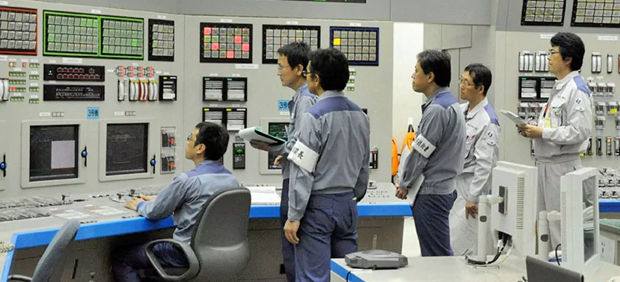 In Giappone si muore per superlavoro. Manager impegnato in reattori si è suicidato