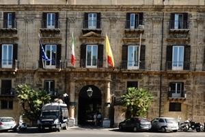 Sicilia, Giunta approva esercizio provvisorio per tre mesi
