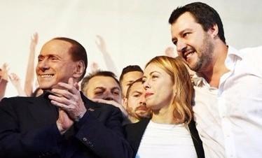 Salvini dà buca a summit: non si doveva sapere. Legista e Cav al telefono