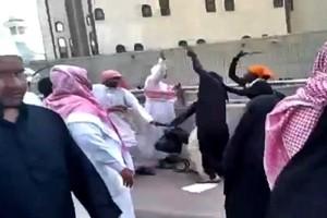 Africane aggredite a La Mecca la reazione che non t'aspetti...