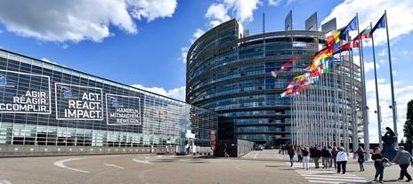 Conti pubblici, Padoan all'Europa: agiremo su evasione, accise e tagli di spesa