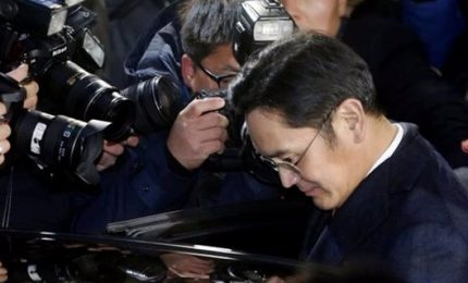 Maxitangenti, arrestato l'erede della dinastia Samsung. Decapitata la politica di Seul