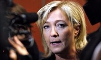 Le Pen lancia da Roma la corsa del fronte sovranista per le Europee