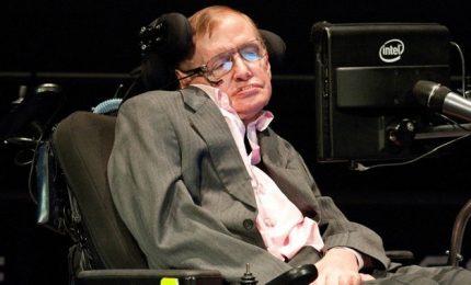 Lo scienziato britannico Stephen Hawking andrà nello Spazio