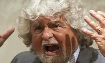 Grillo si sveglia: siamo rimasti noi e Forza Italia, diamogli spallata