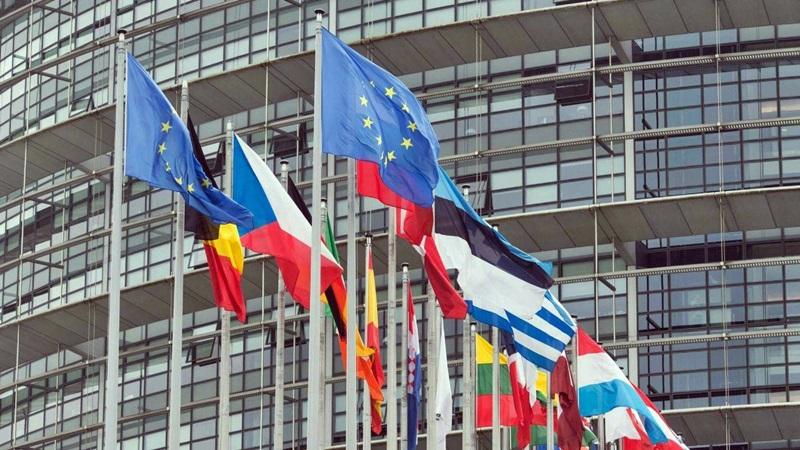 Uova contaminate, Bruxelles convoca vertice. Olanda ammette errori