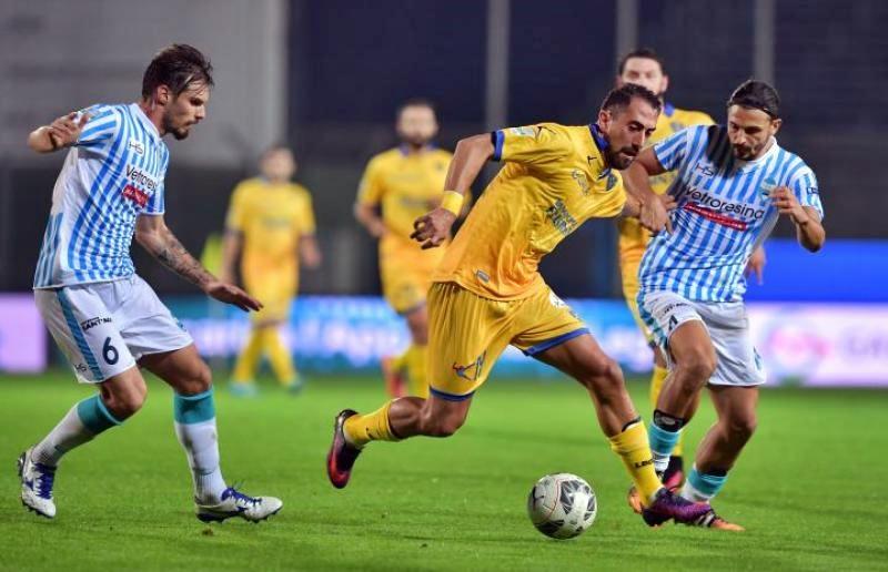Sarri, Allegri e la Panchina d'oro: la distensione necessaria verso Napoli-Juventus