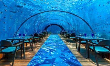 Alle Maldive il ristorante subacqueo più grande del mondo