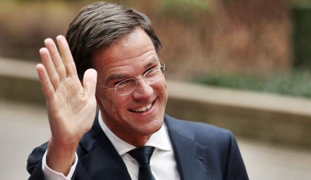 Olanda, le urne premiano il liberale Rutte. L'euroscettico Wilders secondo. Laburisti in caduta libera