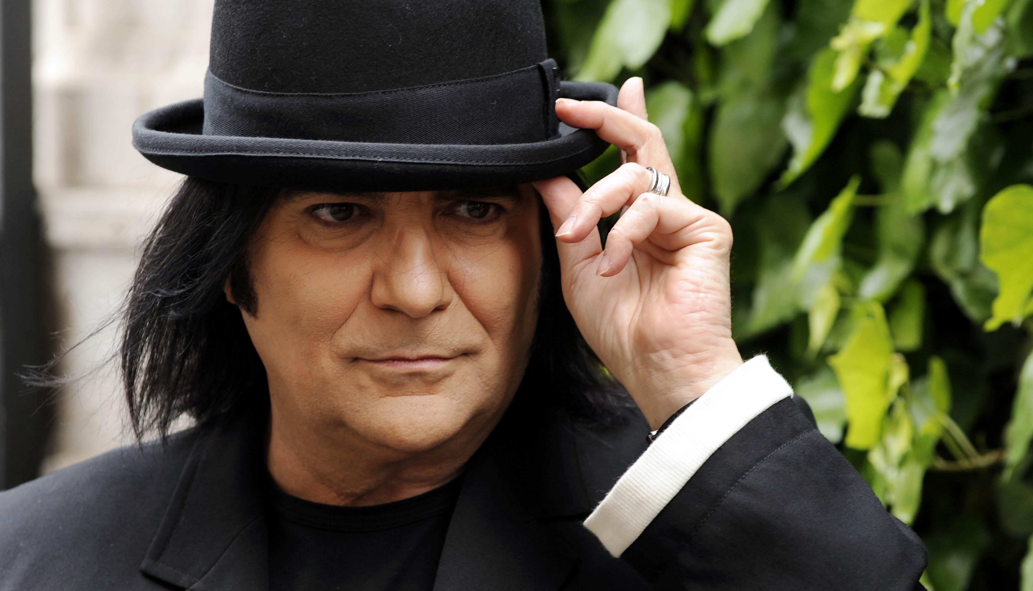 Renato diventa 'Zerovskij', show totale per i 50 anni di carriera