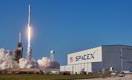 """Nasa, lancio storico di un razzo """"riciclato"""" della SpaceX"""