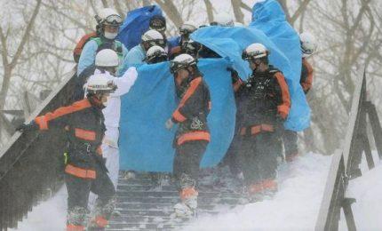 Giappone, studenti travolti da valanga: 8 morti e 30 feriti