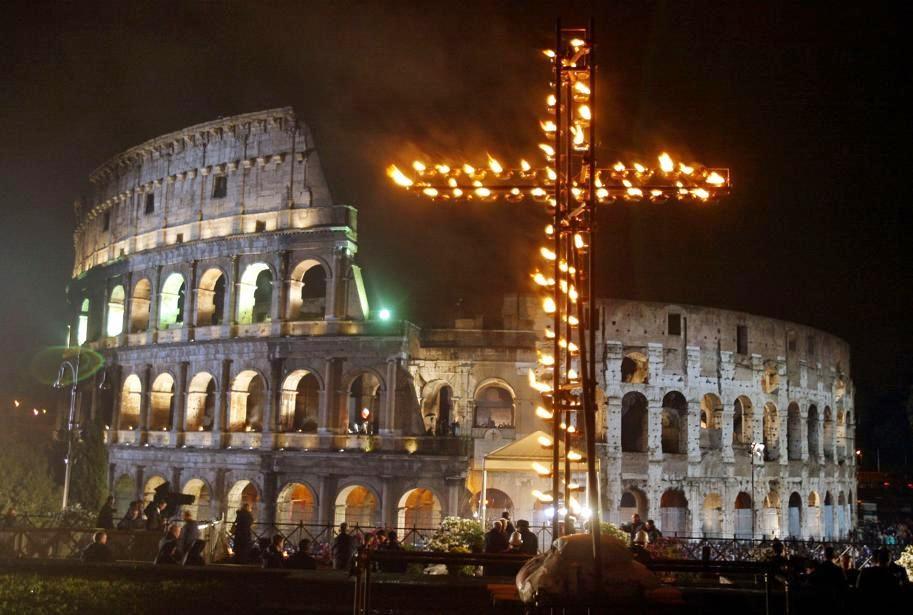 Guerre, migranti e sguardo femminile alla Via crucis del Papa
