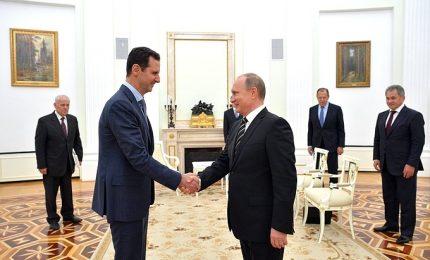 """Russia-Usa, la difficile missione """"dell'amico Tillerson"""". Incerto incontro con Putin"""