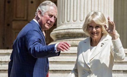 Carlo e Camilla a Roma in visita alla British School