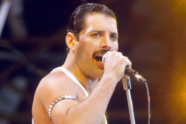 Il film biografico su Freddie Mercury in arrivo nel 2018