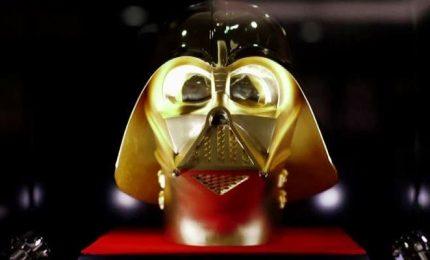 Giappone, in vendita maschera di Vader in oro massiccio