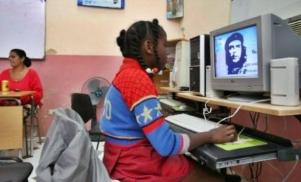 Internet arriva nelle case dei cubani, ma è solo per pochi