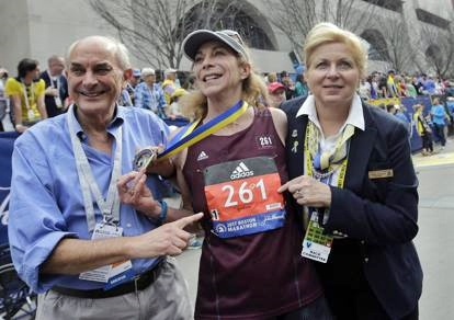 Donna maratoneta torna a correre a Boston 50 anni dopo