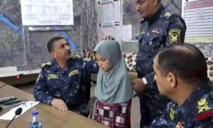 Mosul, 11enne rapita dall'Isis liberata dalle forze governative
