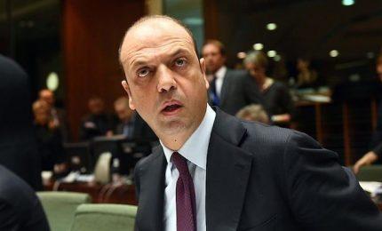 Paletti Ap e Mdp su Def, Alfano pronto a lasciare il governo. E Renzi già pensa al 2018