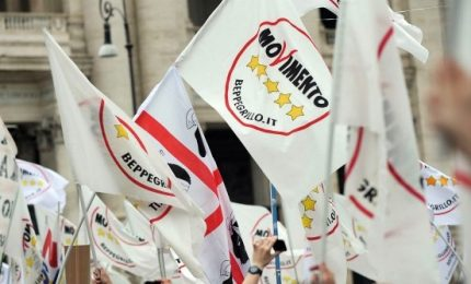M5s contro FdI, esplode la base: no a inciuci, no a fascisti