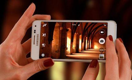FotoOto, l'app che fa parlare le foto per i non vedenti