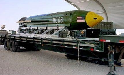 """Usa sganciano bomba in Afghanistan, tra le vittime militanti Isis. Trump: """"Altro successo"""""""