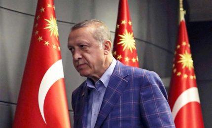 L'Ue prende le distanze da Draghi: non sta a noi definire o no Erdogan un dittatore