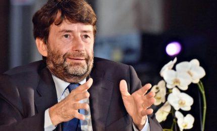 Di Maio apre una crepa nel Pd, Franceschini chiede riflessione