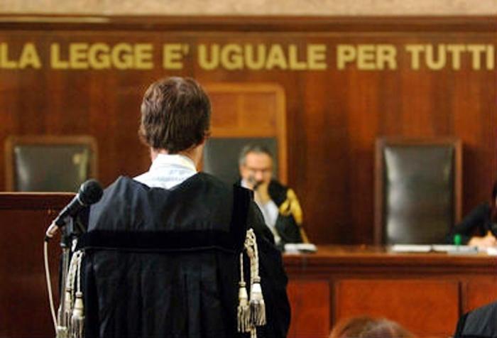 Pizzo a Palermo, 11 assolti. Istituzioni e antiracket condannati a risarcire