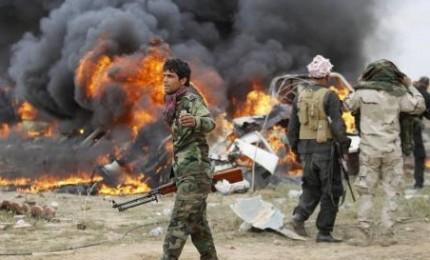 Attentato suicida a Tikrit, almeno 31 morti, Militanti si sono fatti esplodere in abitazioni