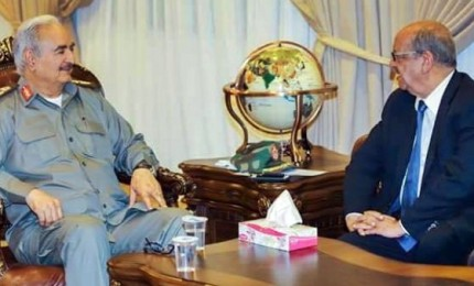 """Generale Haftar respinge proposta algerina per risolvere crisi Libia. """"Non faccio politica"""""""