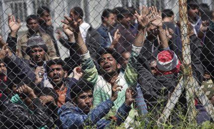 Sbarcano 188 migranti a Pozzallo, motovedetta libica consegna 54 extracomunitari a Msf