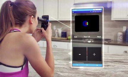 Ecco smartphone che legge retina per diagnosi oculistiche
