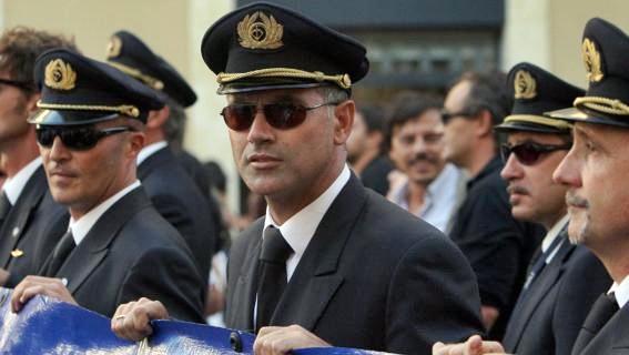 Alitalia, firmato nuovo accordo di Cigs per 830 addetti
