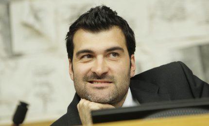 Commissione antimafia: Giovanardi e Nuti si autosospendano