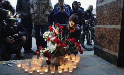 """Attentato a San Pietroburgo, almeno 11 morti. Putin: """"Manifestazione di natura terroristica"""""""