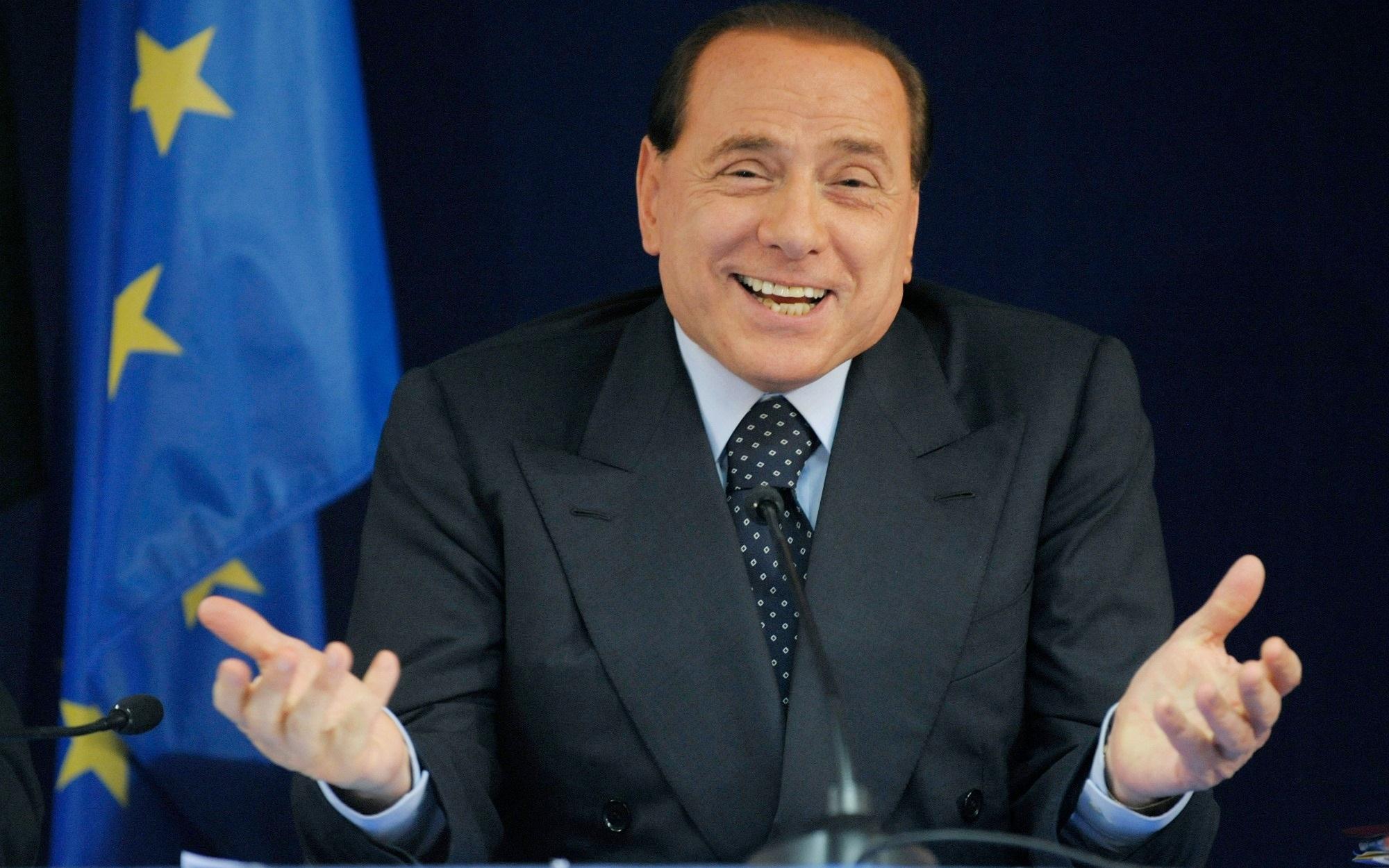 Berlusconi: la sinistra tassa anche le macerie del terremoto