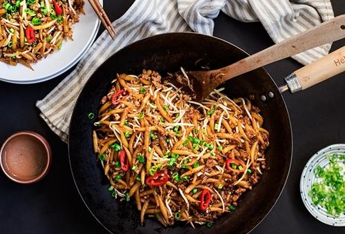 Ricetta Noodles Con Verdure E Carne.I Noodles Con Manzo E Verdure Ilfogliettone Itilfogliettone It
