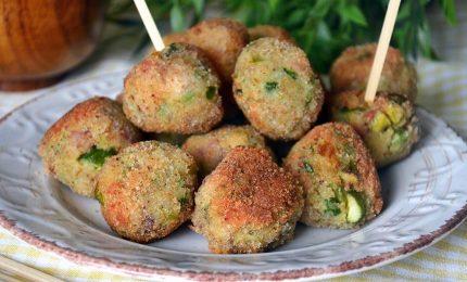 Lo sfizio a tavola, le polpette di asparagi fritte o al forno