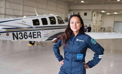 Il giro del mondo di Shaesta, la più giovane donna pilota afgana